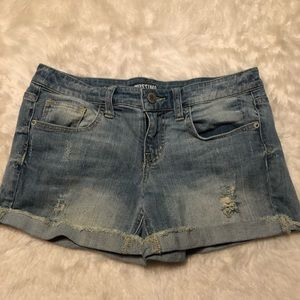 3/$10 MOSSIMO Distressed Light Wash Denim Shorts